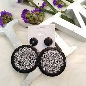 Silver rhinestone circle earring